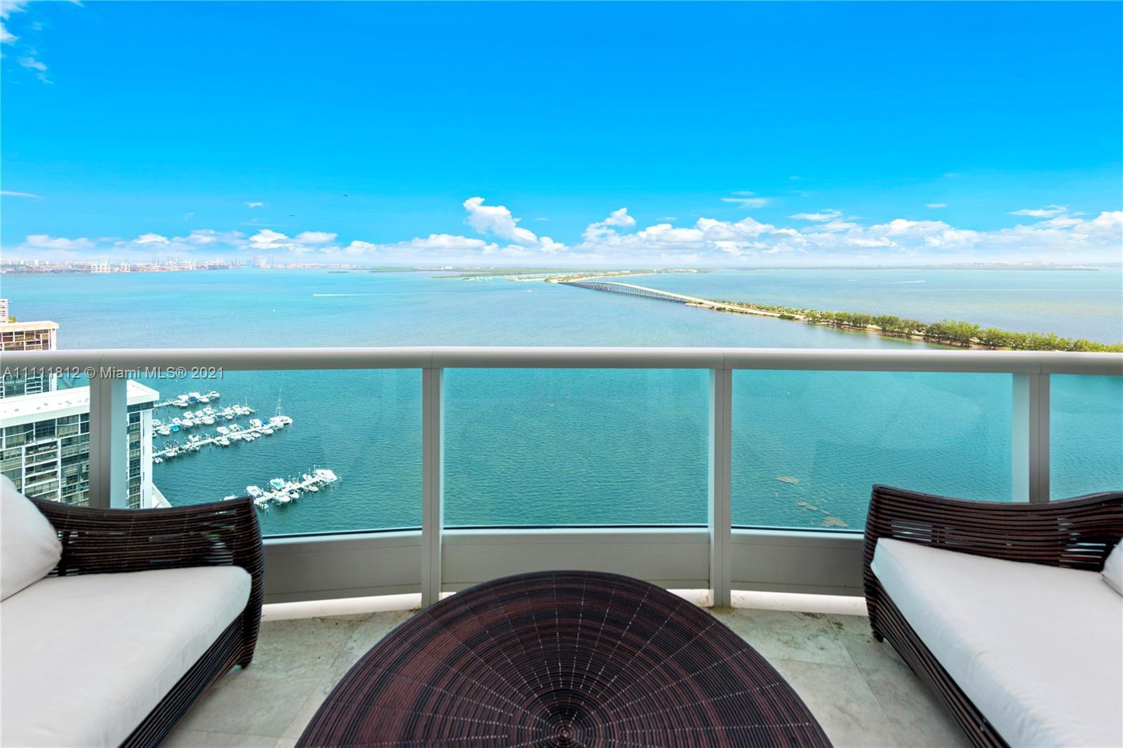 ONE OF A KIND FINISHES IN THIS PENTHOUSE LOCATED IN THE HEART OF BRICKELL AT BRISTOL TOWER. THIS SPE