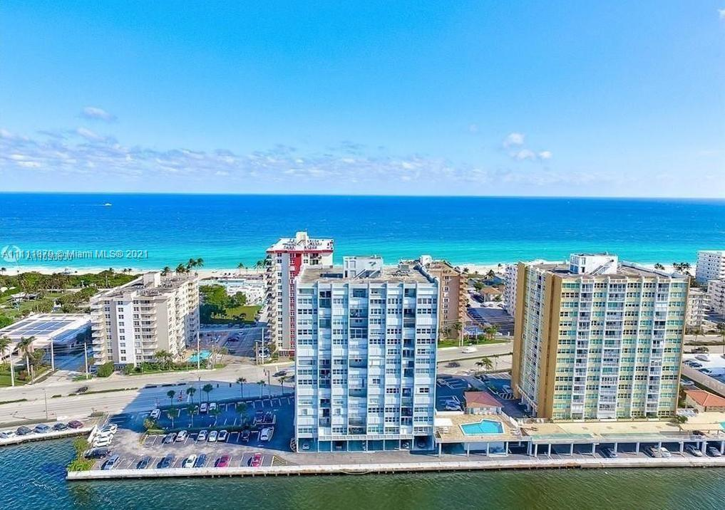 Wake up to ocean and intracoastal views from every room! Large 2/2 corner unit with panoramic views