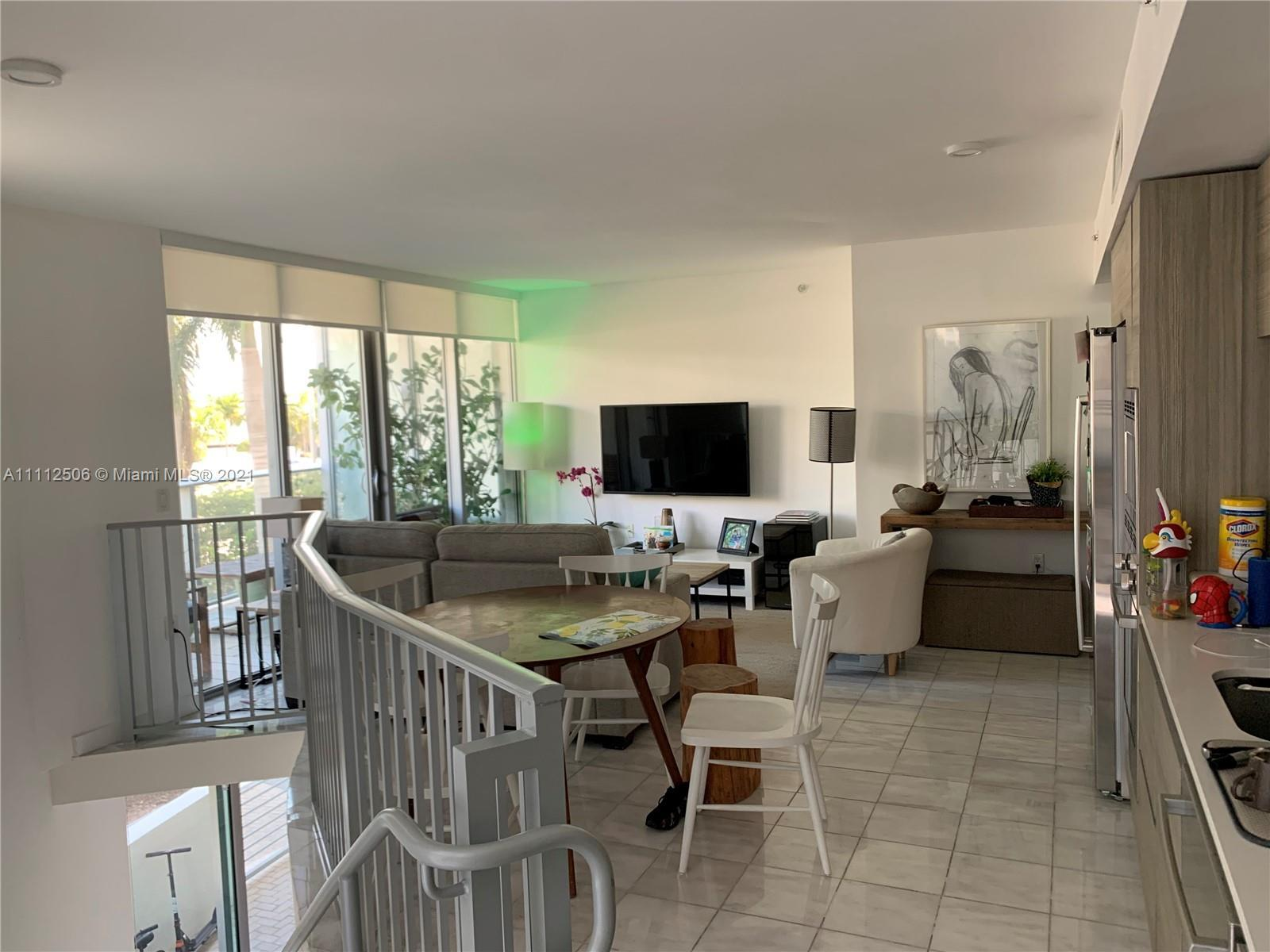 Brand new 2 BED 2 BATH + DEN, walk distance to the beach. Duplex at the first floor, direct access t