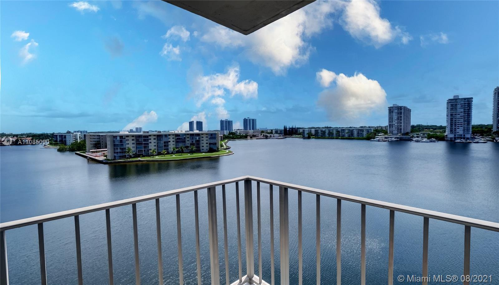 GORGEOUS PANORAMIC VIEWS FROM THIS RENOVATED 3 BEDROOM, 2.5 BATH CORNER UNIT  WITH WRAPAROUND BALCON