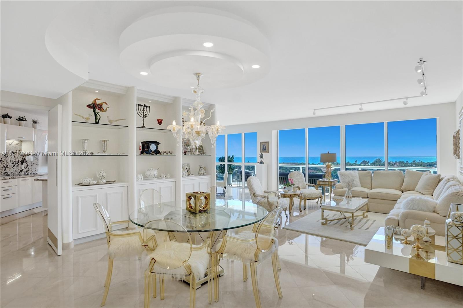 Enter this luxurious residence, a real gem, through your private elevator and immediately enjoy brea