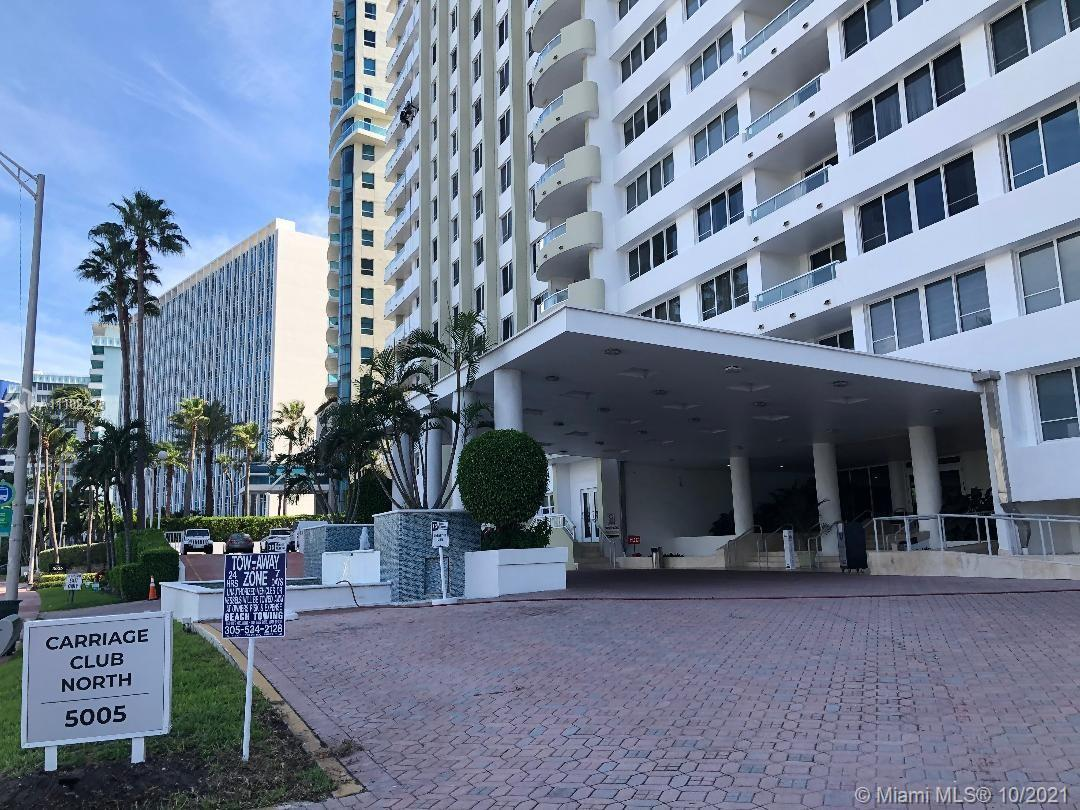 This  2/2  corner unit with  large balcony, offers beautiful  views of Collins Avenue and Millionair