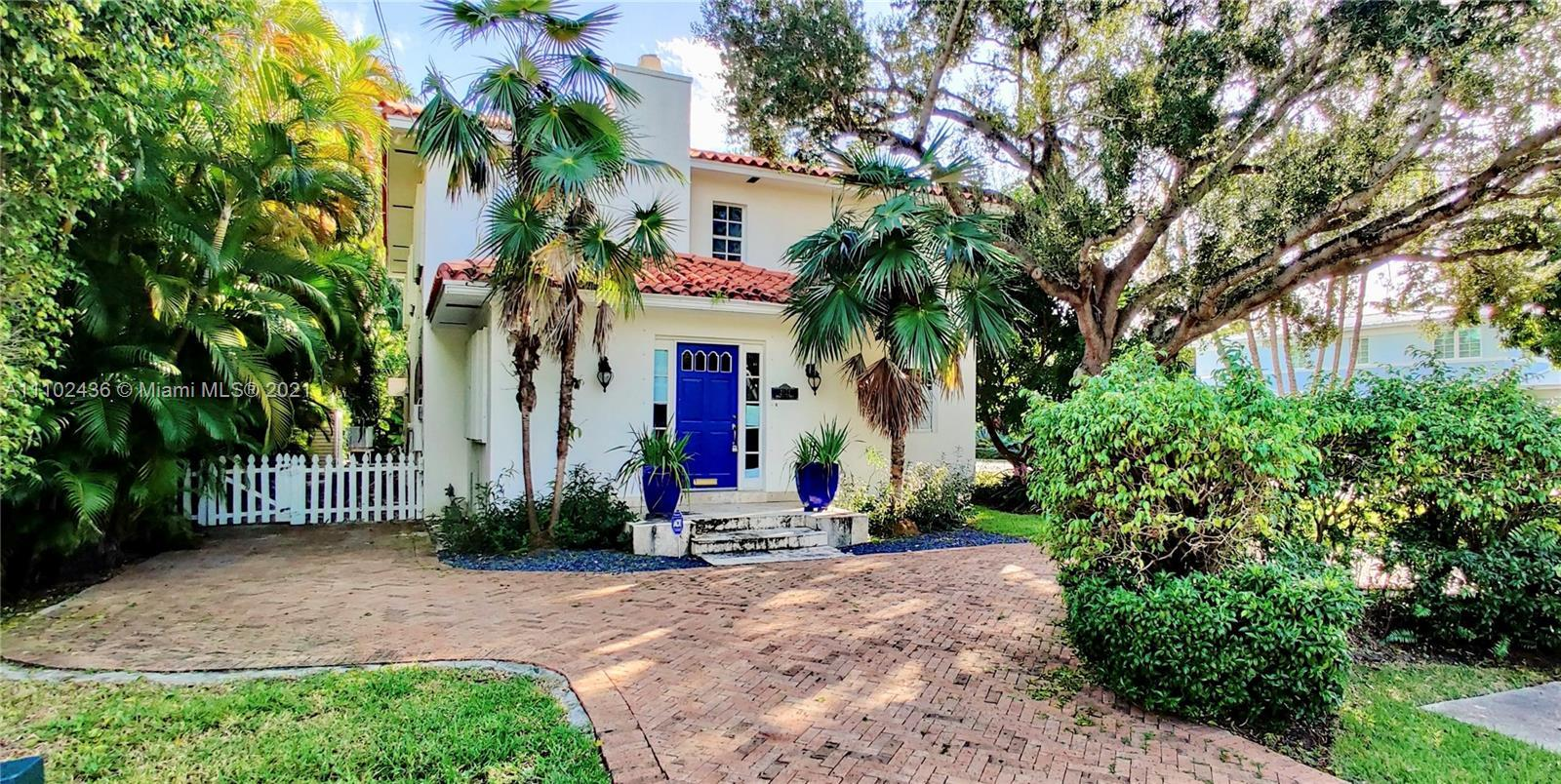 WALK to Lincoln Road & Sunset Harbour from this Premier Location home on Sunset Island #4.  Pending