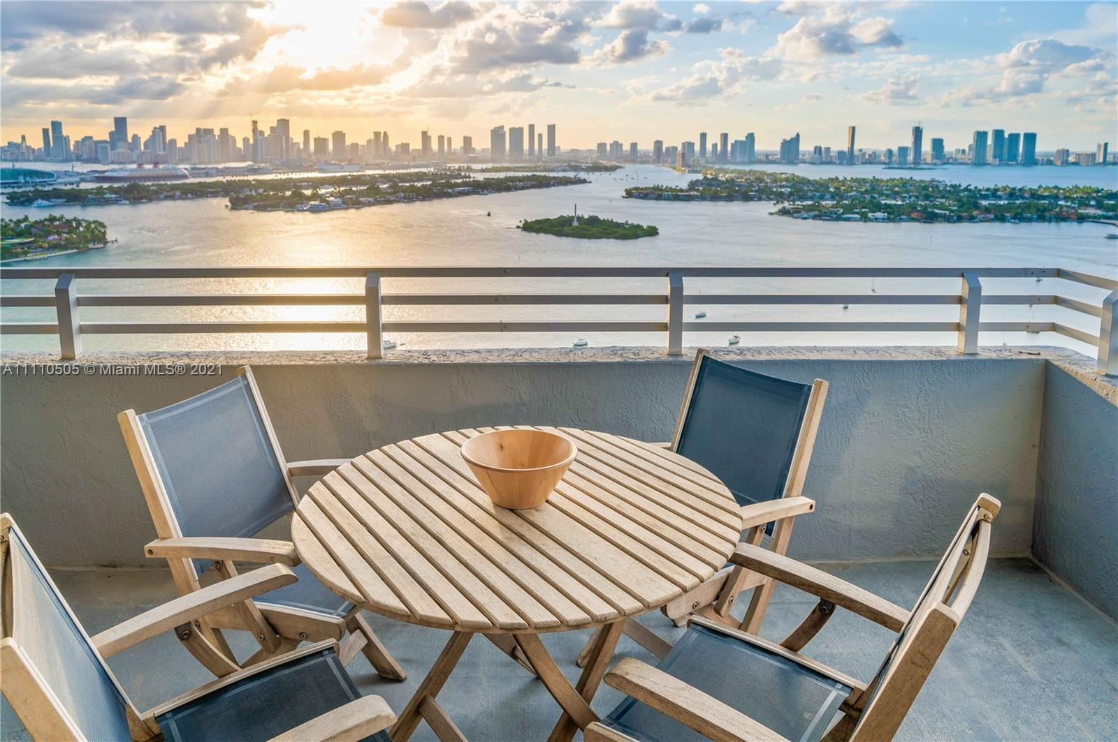 SUB-PENTHOUSE LEVEL TWO-BEDROOM CORNER UNIT WITH STUNNING VIEWS OF THE BAY, OCEAN AND DOWNTOWN MIAMI