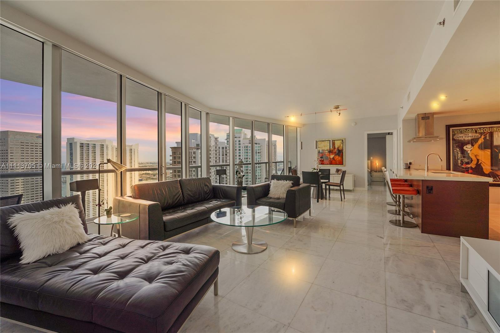 Immaculate & unique 2 bedroom/2 bathroom PLUS DEN w/ stunning water views of Biscayne Bay from 15 fl