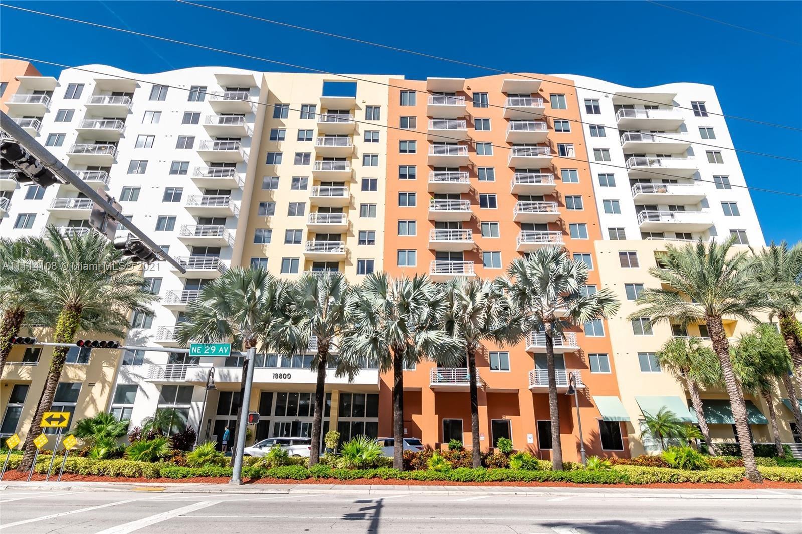 Location, location, modern, spacious, bright, and in Excellent condition 1 full bedroom unit with po