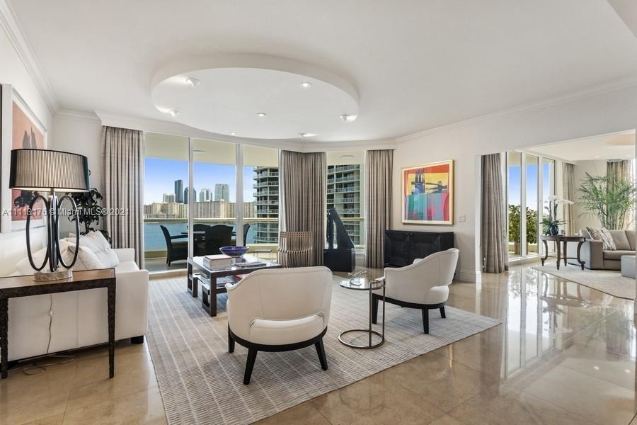Magnificent corner residence , with total Living of 4,603 sq.ft. in most desirable luxurious buildin