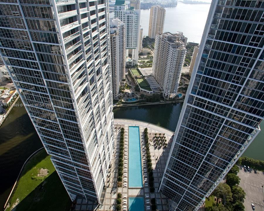 Spacious 1,505 sq. ft. 2bed/2bath corner unit in Icon Brickell Tower 2. East facing bay view, with 2