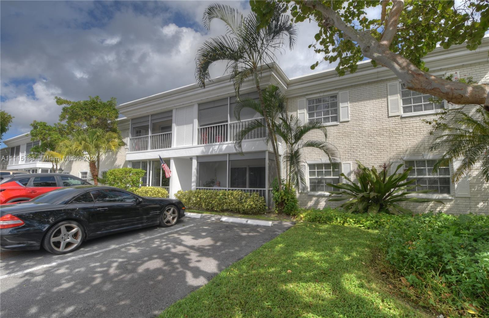 This wonderful 2/2 condo is just 1 unit away from the canal to the Intracoastal waterway.  It has be