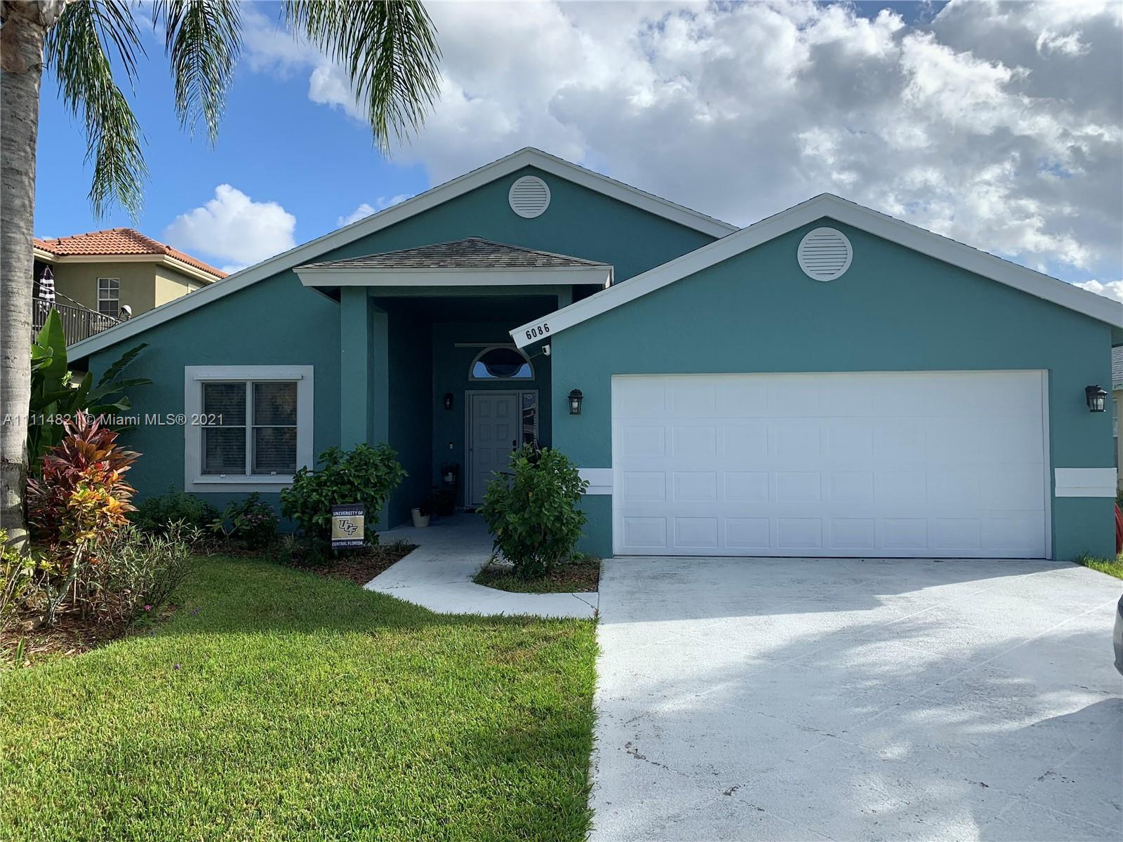 Beautiful well maintained single family home in sought-after Heights of Jupiter neighborhood. This 3