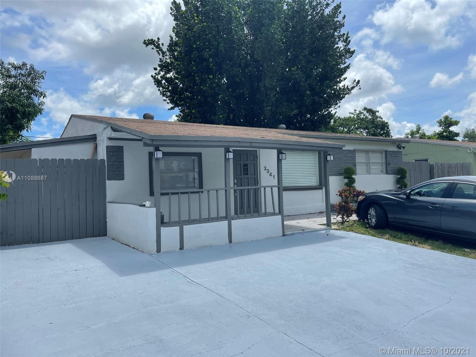 WOW!!!! SELLER IS MOTIVATED. THIS IS A 3 BEDROOMS, 2 BATH AND A LOT LARGER THAN THE TAX ROLLS SHOW (