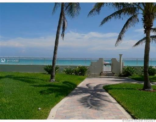 Oceanfront condo, beautifull one bedroom apartment perfect for investors. Can rent short term, the a