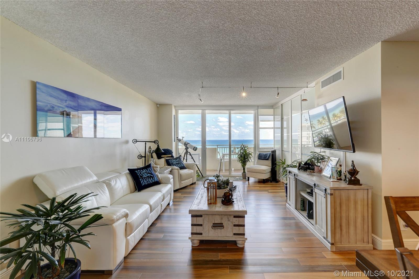 DIRECT OCEAN VIEW! BEAUTIFULL 2 BEDS 2 BATHS, SELLING FULLY FURNISHED. RENOVATED KITCHEN AND BATHROO
