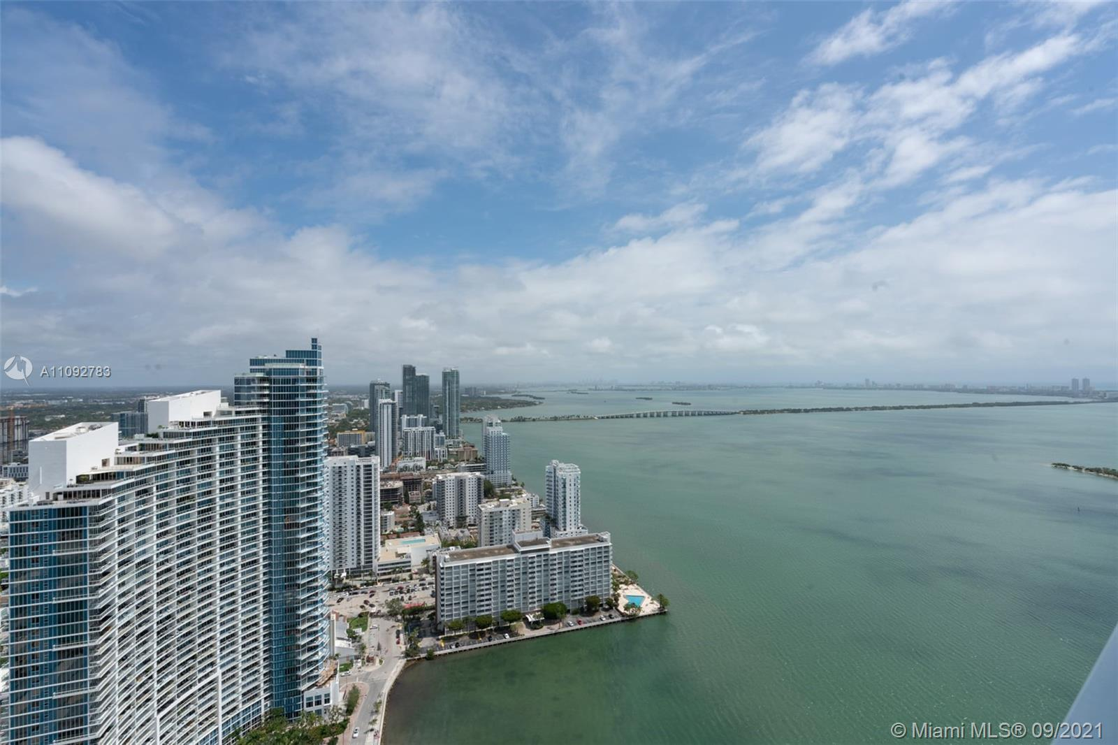 STUNNING 3 BED, 2.5 BATH, 49TH FLOOR PENTHOUSE WITH AMAZING OCEAN, BAY & SUNSET VIEWS LOCATED IN THE