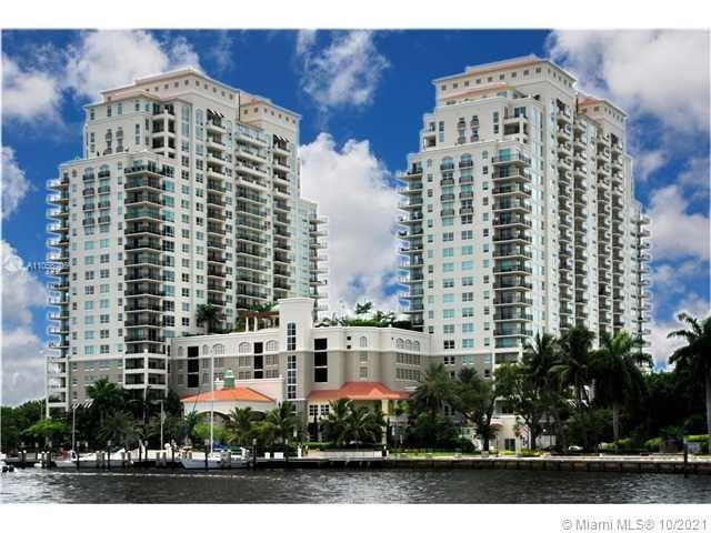 Panoramic Penthouse Southwest Corner 3 bedroom 2.5 bath unit Las Olas, directly on the New River, an
