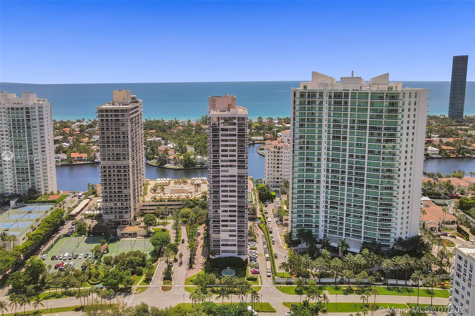 Enjoy the Golf Course and sunset views from this charming 2 bed/ 2 bath condo in The Landmark Aventu