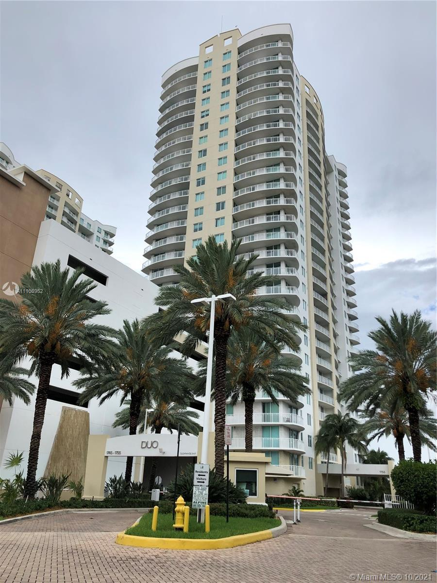 BREATHTAKING OCEAN, GOLF AND CITY VIEWS FROM THIS 22ND FLOOR 2 BEDROOM UNIT. SS APPLIANCES, GRANITE