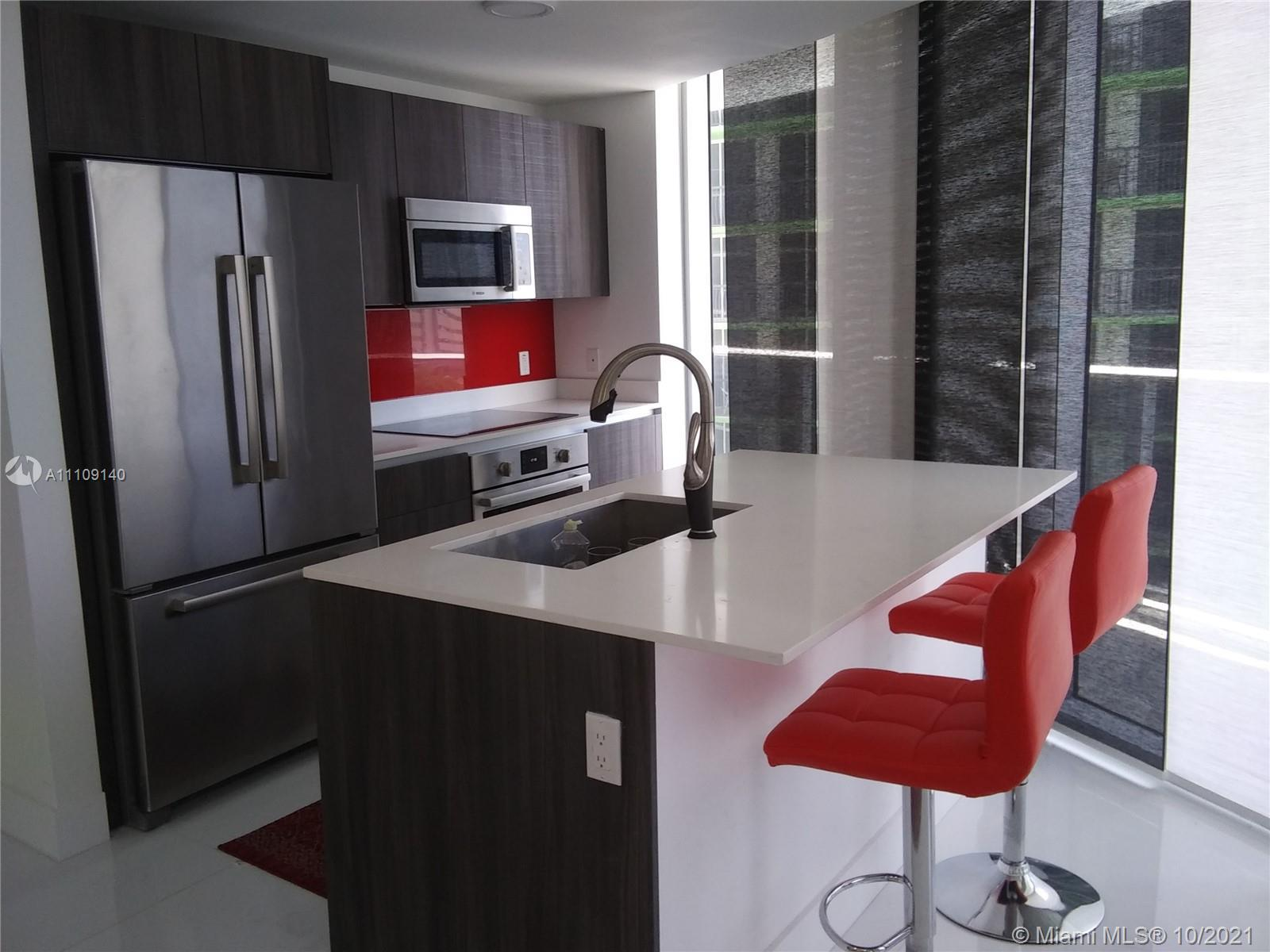 Fully remodeled  corner 2BED/2.5BATH line F unit in one of Miami's most desirable luxury waterfront