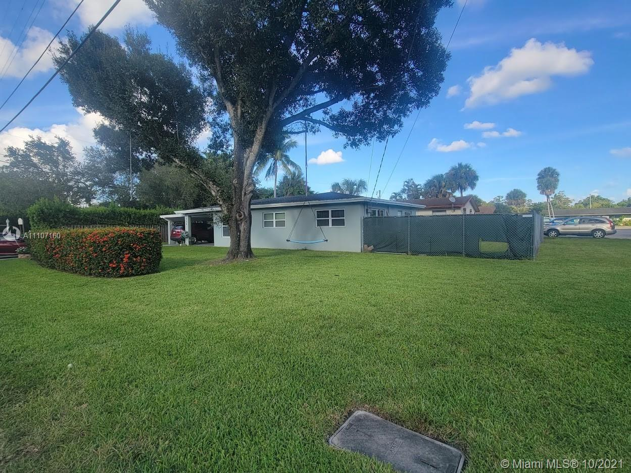 This single family home property is on an excellent corner land lot, bring your boat, RV or trailer,