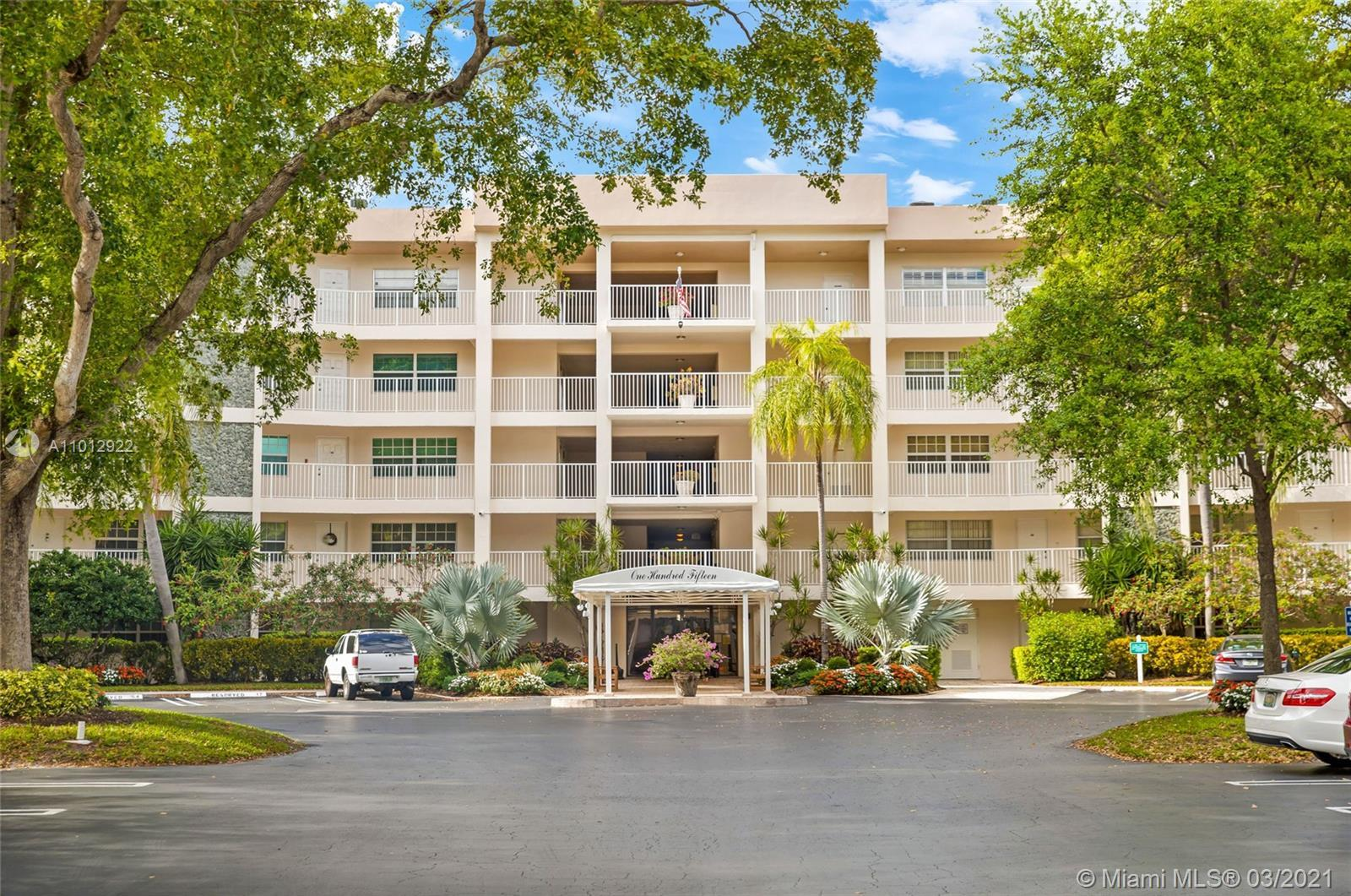 EXCELLENT PRICE FOR F MODEL 3 BEDROOMS 2 1/2 BATHS. BALCONY HAS ELECTRIC SHUTTERS. NEW SS APPLIANCES