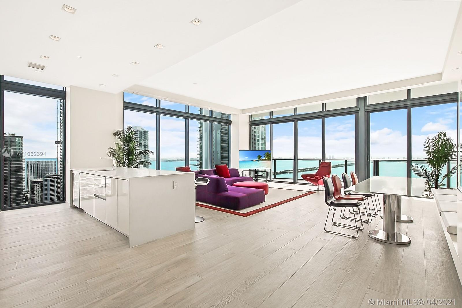 ICON BAY 4001. Impeccable North East Lower Penthouse Corner completely finished and Turnkey. Design