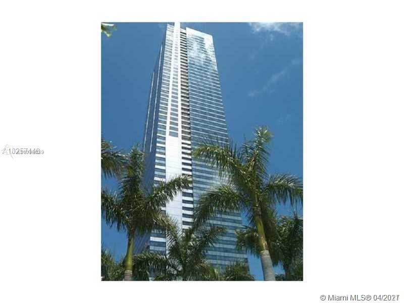 World Class Luxurious studio unit at the Four Seasons Condo-Hotel in the Heart of Financial Center i