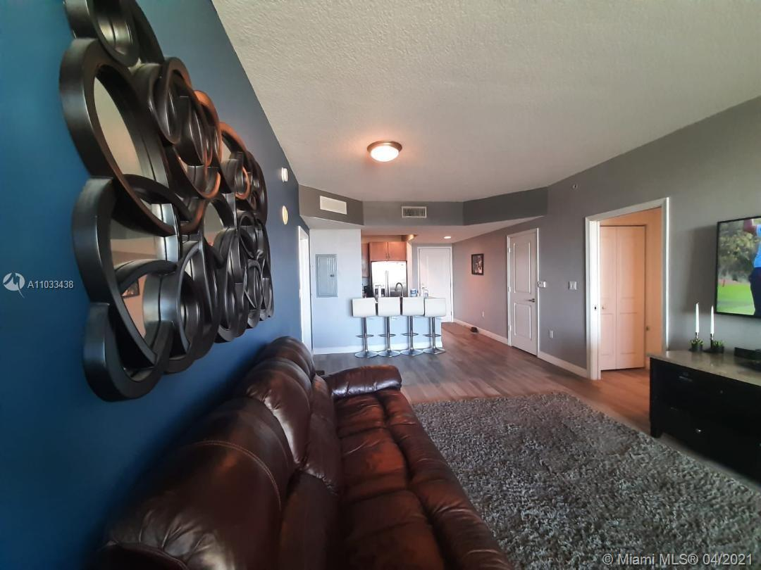 VERY NICE APARTMENT!!!! Beautifully updated, light and bright 2 bedroom and 2 bathroom ; Unit has a