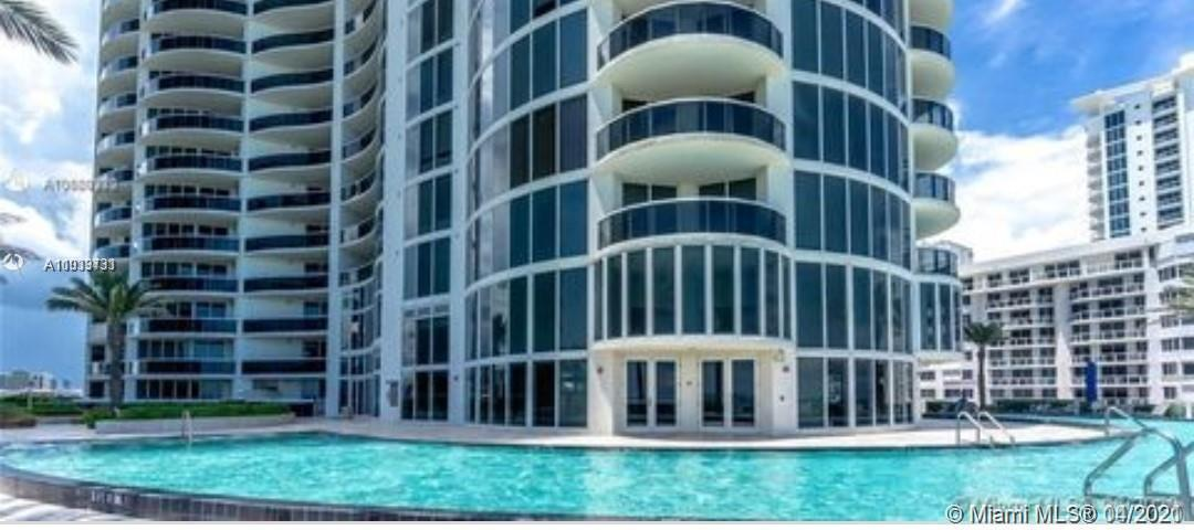 Enjoy beautiful views from this impeccable split floor plan 2 bd, 2 bh residence. Porcelain floor th