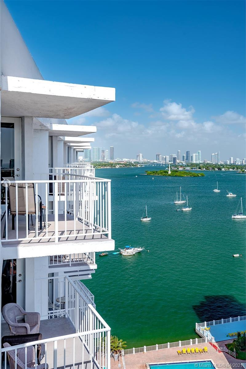 Bright and spacious 1/1.5 located in one of the most desirable neighborhoods in Miami Beach, West Av