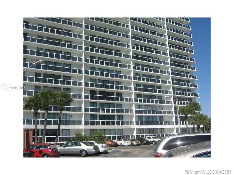 BEAUTIFUL UNIT IN VERY DESIRABLE WATERVIEW CONDOMINIUM ON COUNTRY CLUB DR. . THIS IS A 2/2 WITH A BE