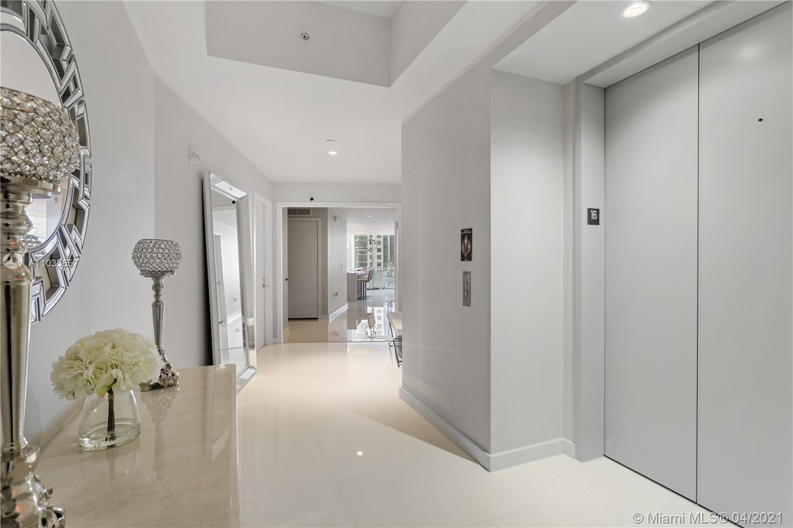 Live in the most attractive building in Miami, Paramount, Miami's new landmark with the most ameniti