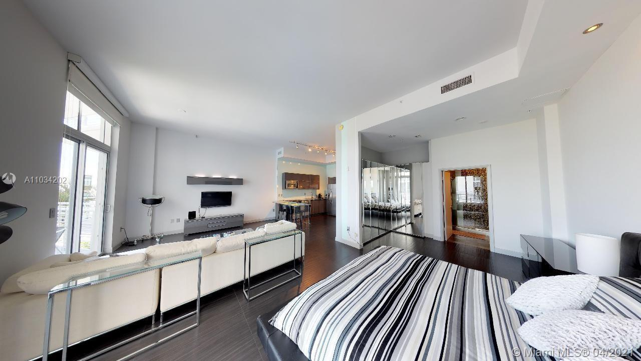 Walk inside this unit right now by just clicking on the 3D Virtual Tour in this listing. Top of the