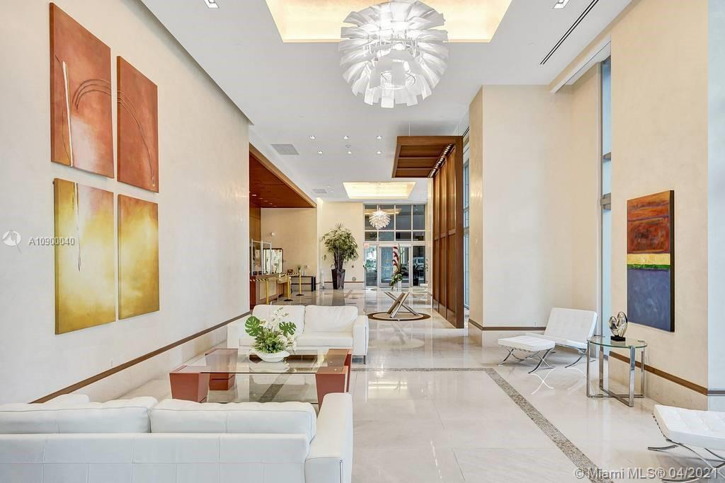 Excellent Location in the Heart of Brickell...