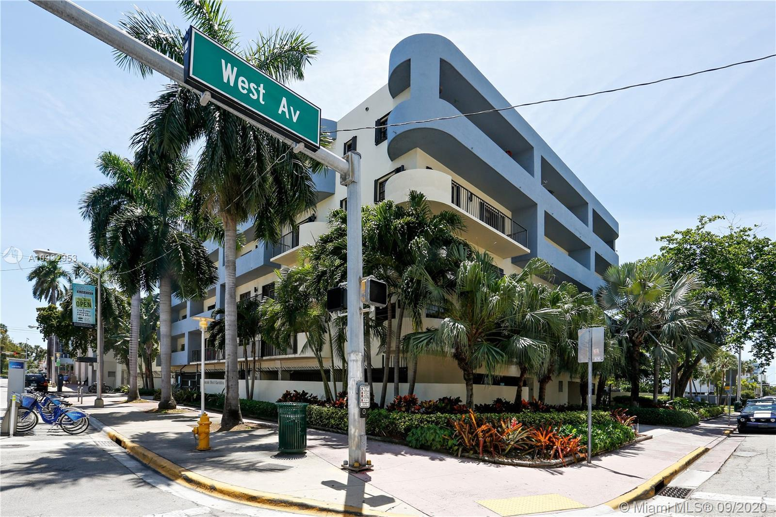 Beautiful remodeled corner 2 bed & 2 bath condo on a great location. Upgraded unit with Italian cabi