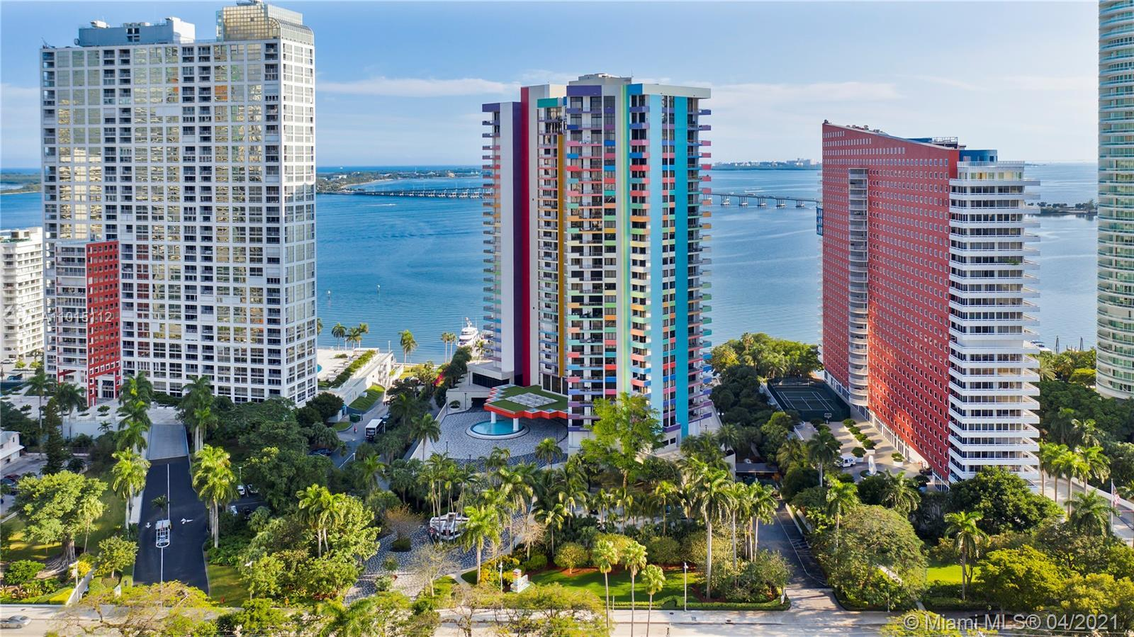 Price reduction! Now priced to sell.  This apartment is HUGE, with 2,403 sq feet of living space it'