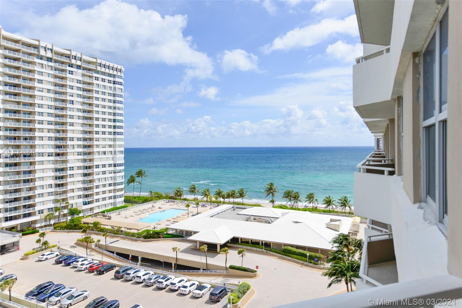 Gorgeous updated unit spacious and bright.  Has lots of closet space faces north with both ocean and