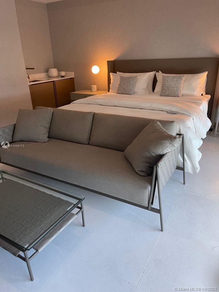 LOOK NO FURTHER.  PROPERTY READY TO WELCOME A NEW HOMEOWNER YOU TO ENJOY MODERN DESIGN LIVING. BRAN