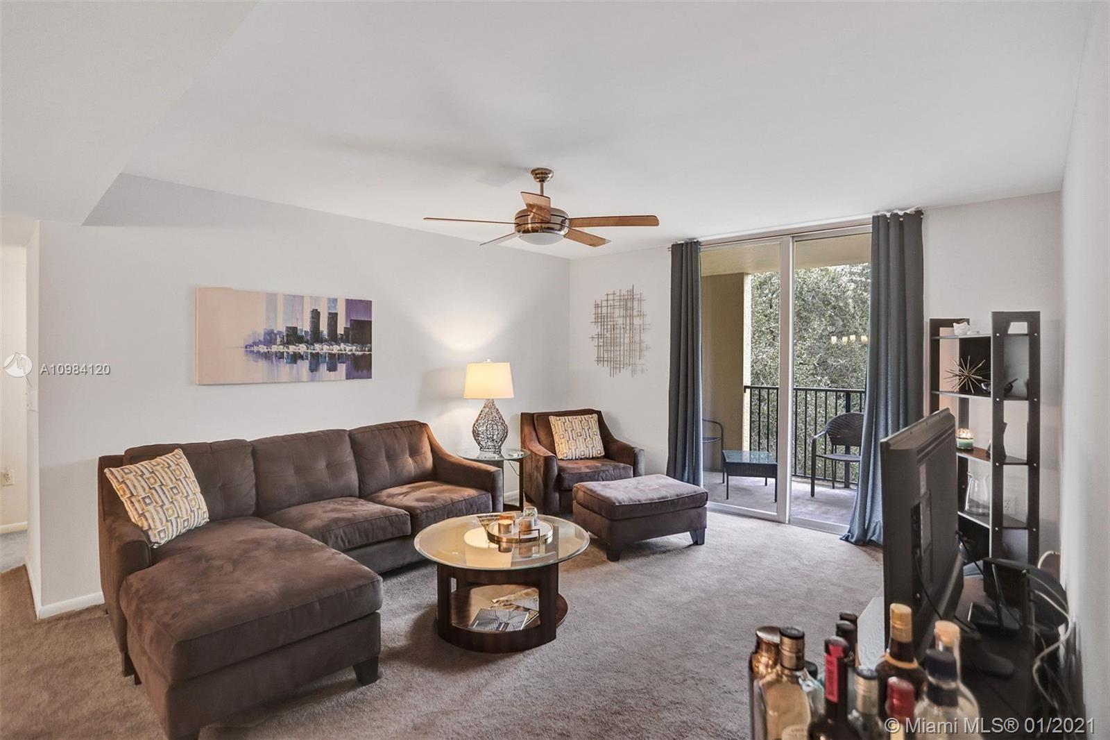 This cozy 2 bedroom, 2 bathroom condo delivers elevated living with an array of attractive offerings