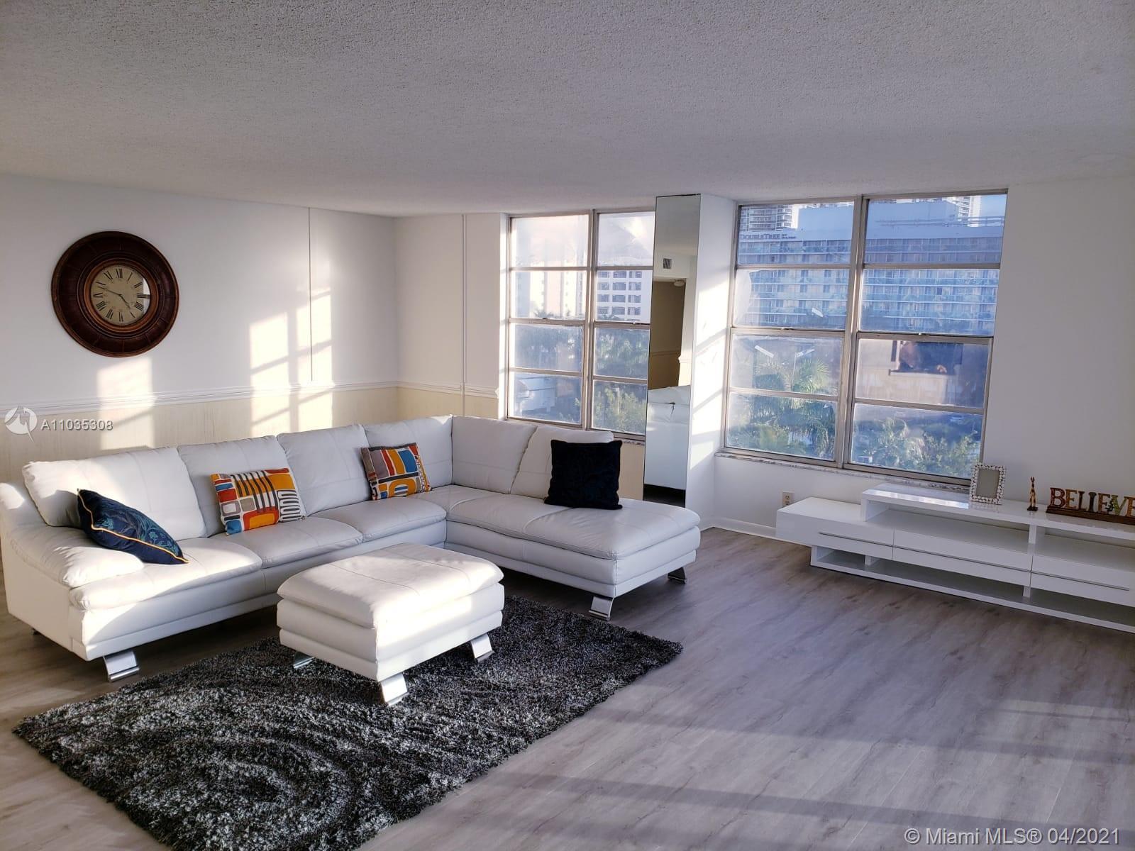 BREATHTAKING VIEWS, BEST line in Hallmark! 2 bedrooms 2 baths HUGE CORNER unit with beautiful views