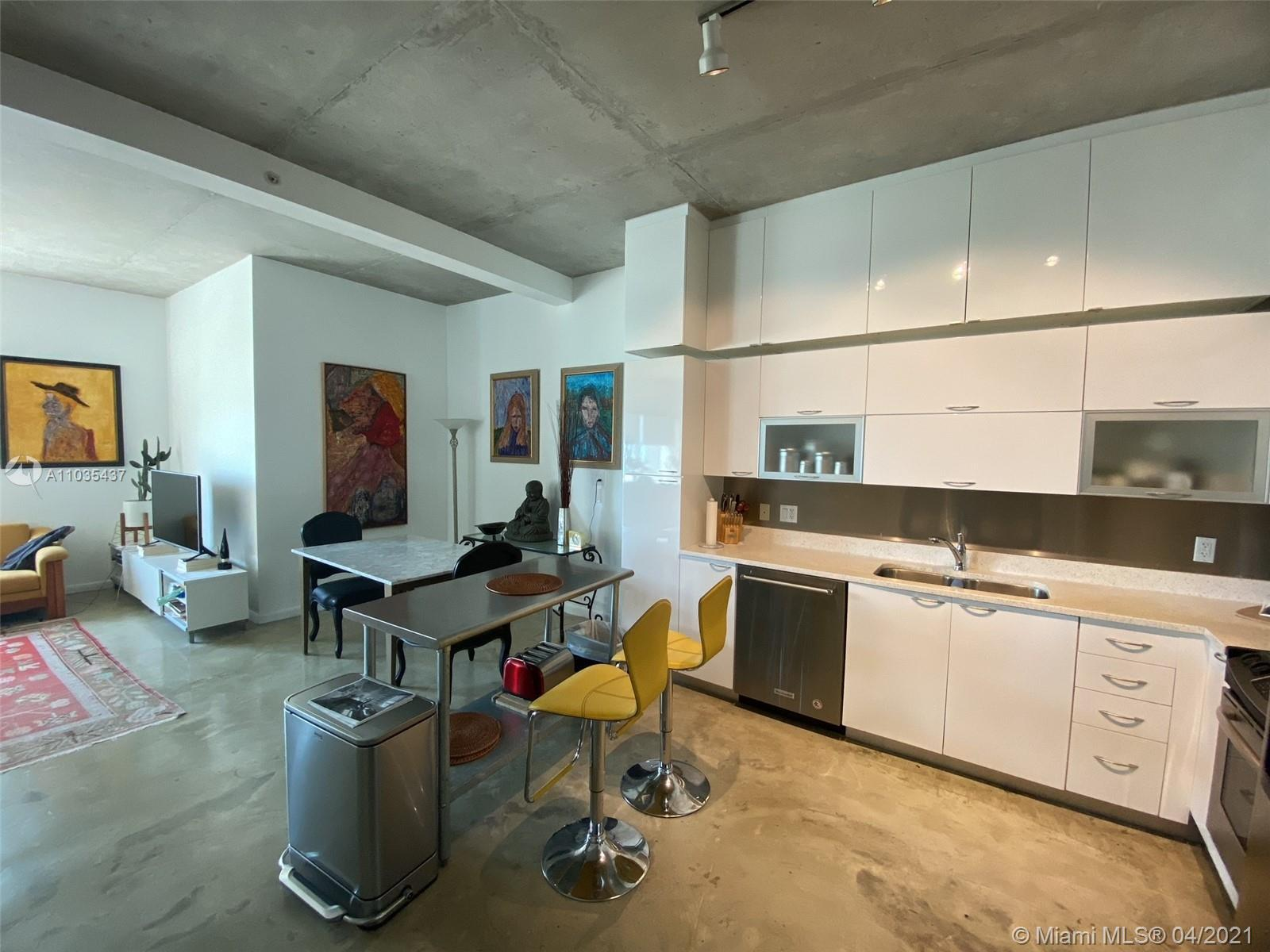 Broker 305 is pleased to offer one of the largest 1 Bedroom lines at The Loft I Boutique Condo Build