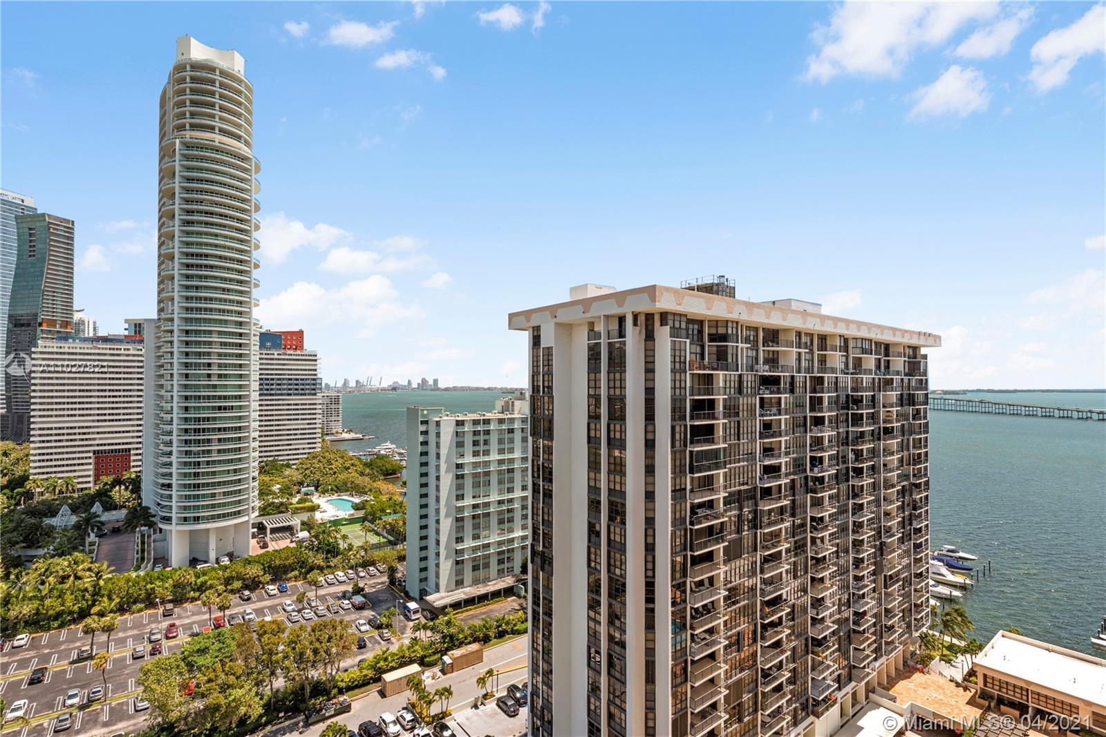 Renovated 2Bedroom/2Bathroom condominium with a beautiful view of Downtown Miami and Biscayne Bay.