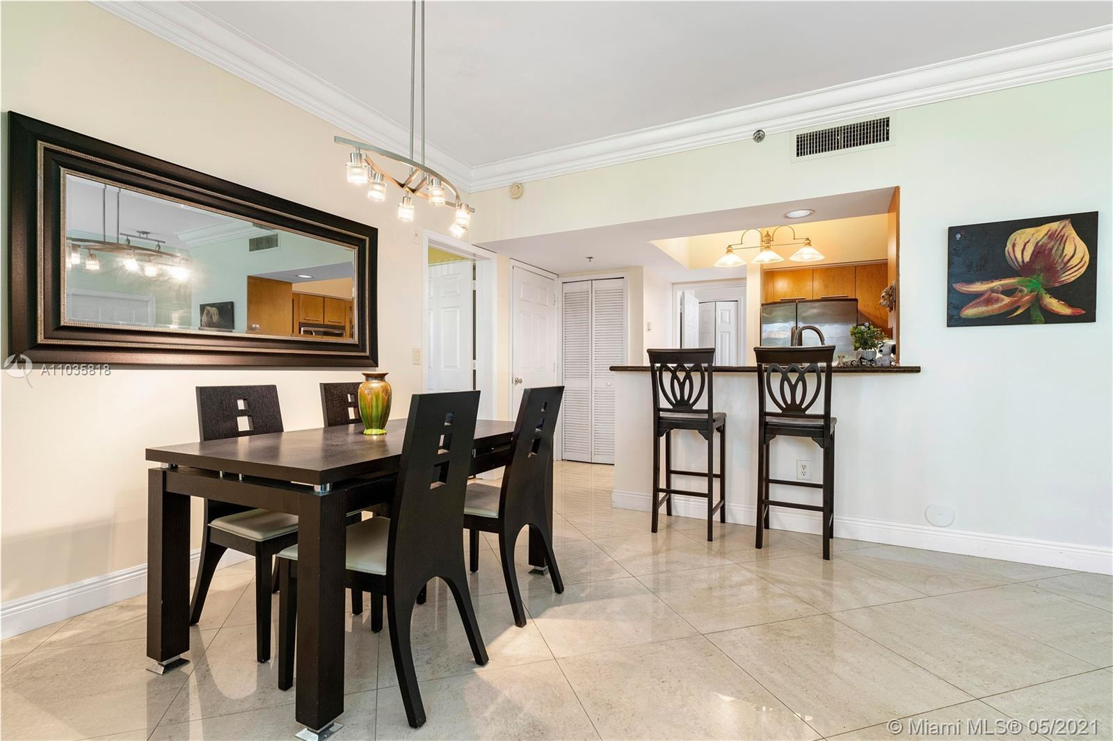 Renovated, Spacious, Cozy 1/1 in the heart of Aventura in very desirable waterfront gated community