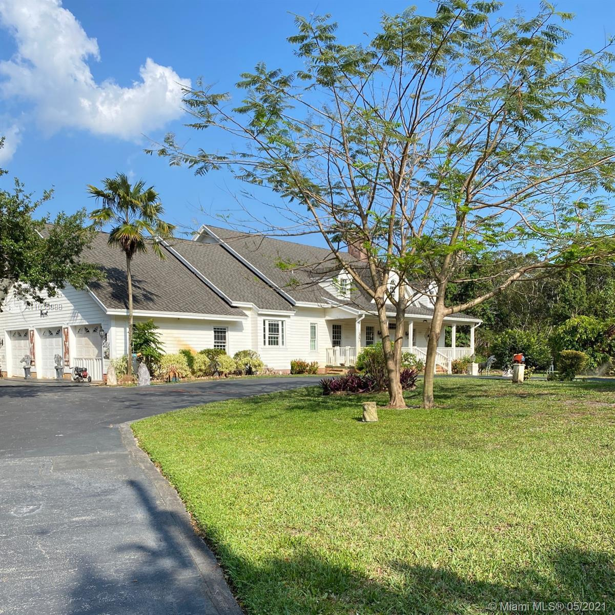 Great! location in the heart of Boca Raton in the equestrian acreage community of Horseshoe Acres. T