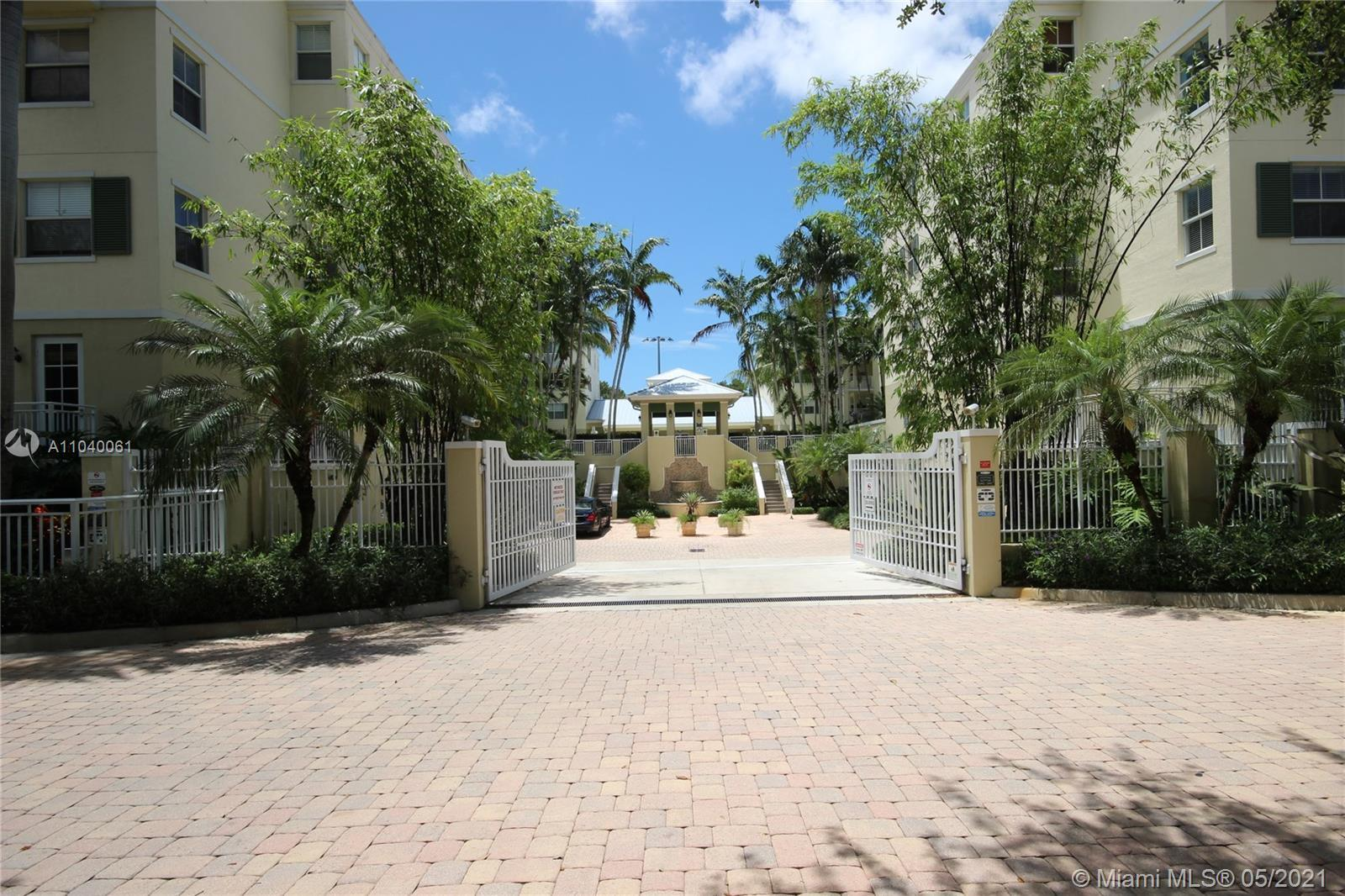 Ideally located one-story 3 bedroom 2.5 bathroom unit at The Reserve of Pinecrest.  All tiled floors