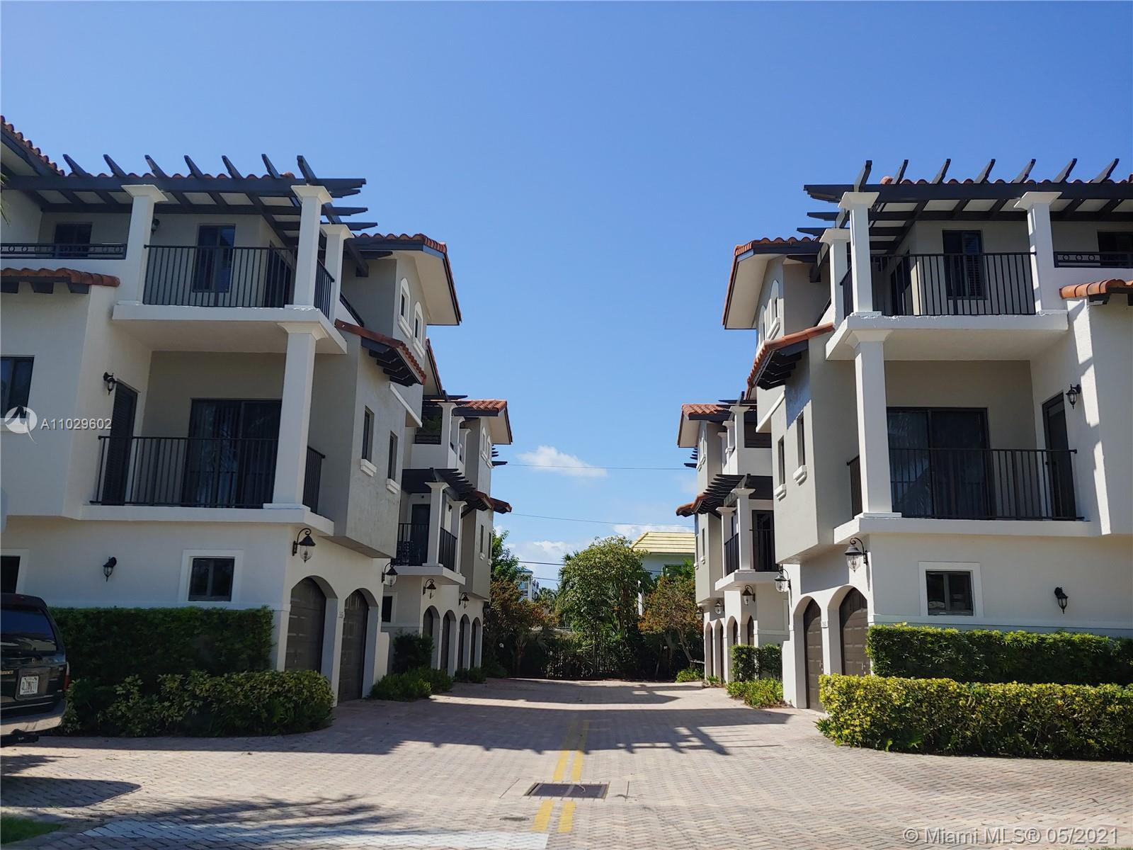 6 UNIT LUXURY TOWNHOME DEVELOPMENT LOCATED BETWEEN THE INTRACOASTAL AND THE OCEAN, 2 BLOCKS FROM TH
