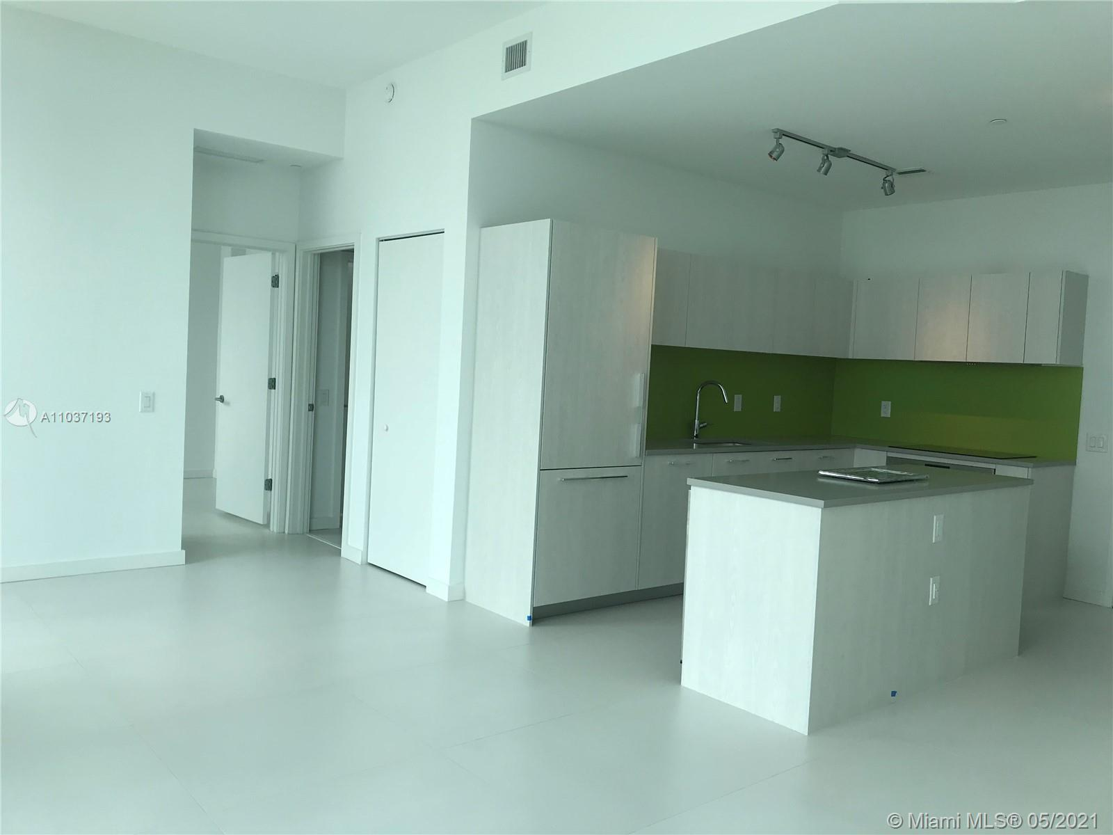 This Beautiful Penthouse has 2 bedrooms, 2 bath is perfectly suited for those who want to live in Mi