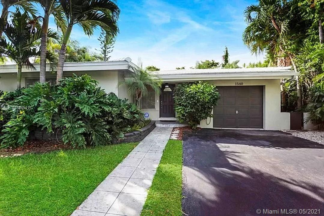 Rare single story pool home in Coral Gables!  Spacious and bright home with updated bathrooms.  Priv