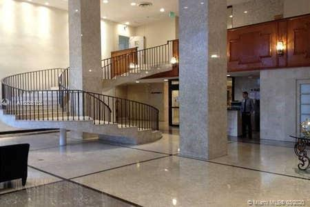 Low priced and beautiful spacious unit on the fifth floor completely furnished and equipped.   The b