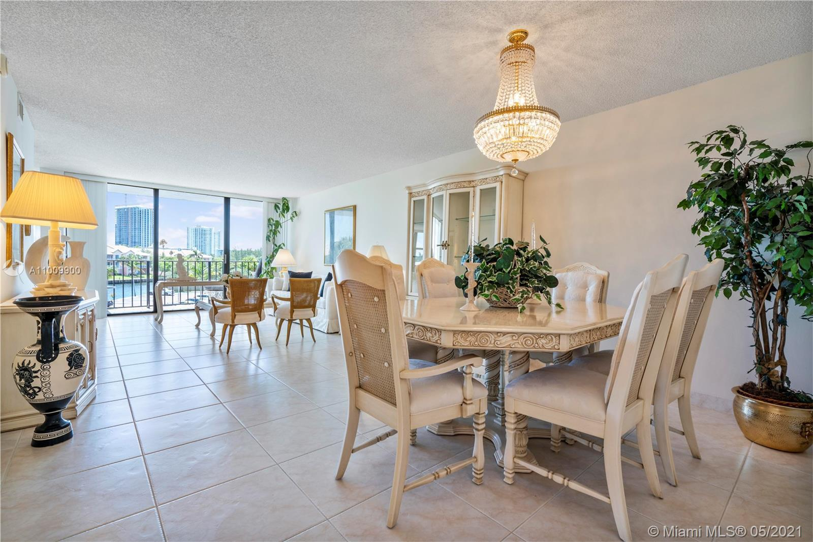 Gorgeous Direct inter-coastal views from every room. Warm, inviting and elegant 2 bedroom 2 bath Con