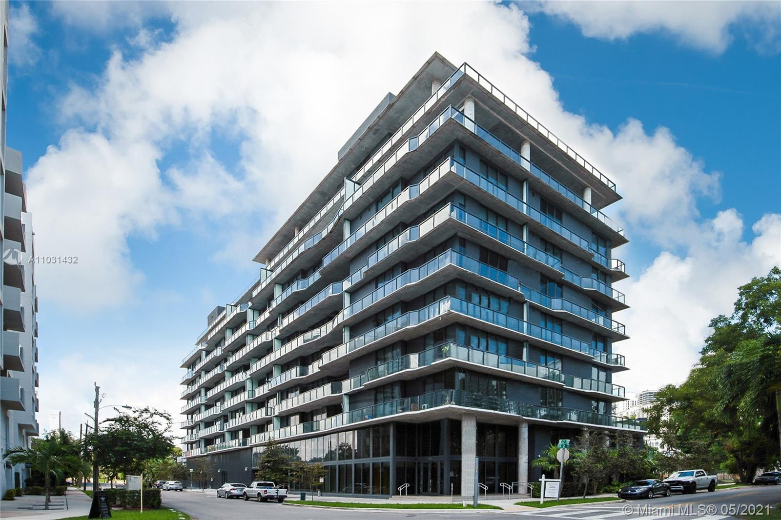 """A Real Boutique Experience in Miami"""" with only 81 residences. This beautiful 2 Beds/ 2 Bath Lower Pe"""